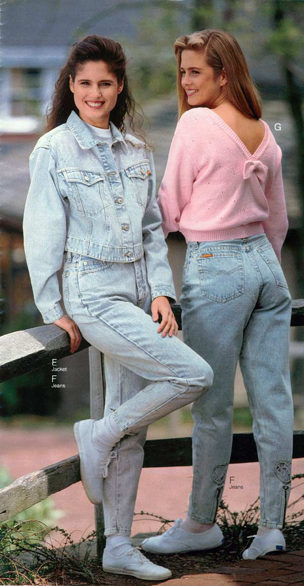 de65cb7291c13 1990s Fashion: Styles, Trends, History & Pictures