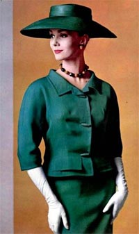 c9258d9e3637d Fashion in 1960. Givenchy suit (1960)
